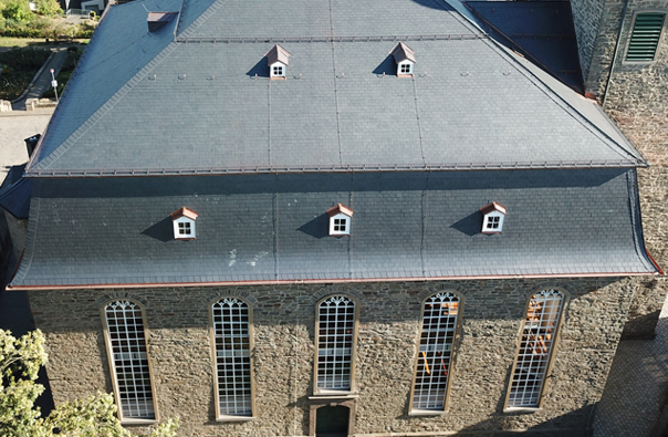 Kirche_Schiefer_Sönchen